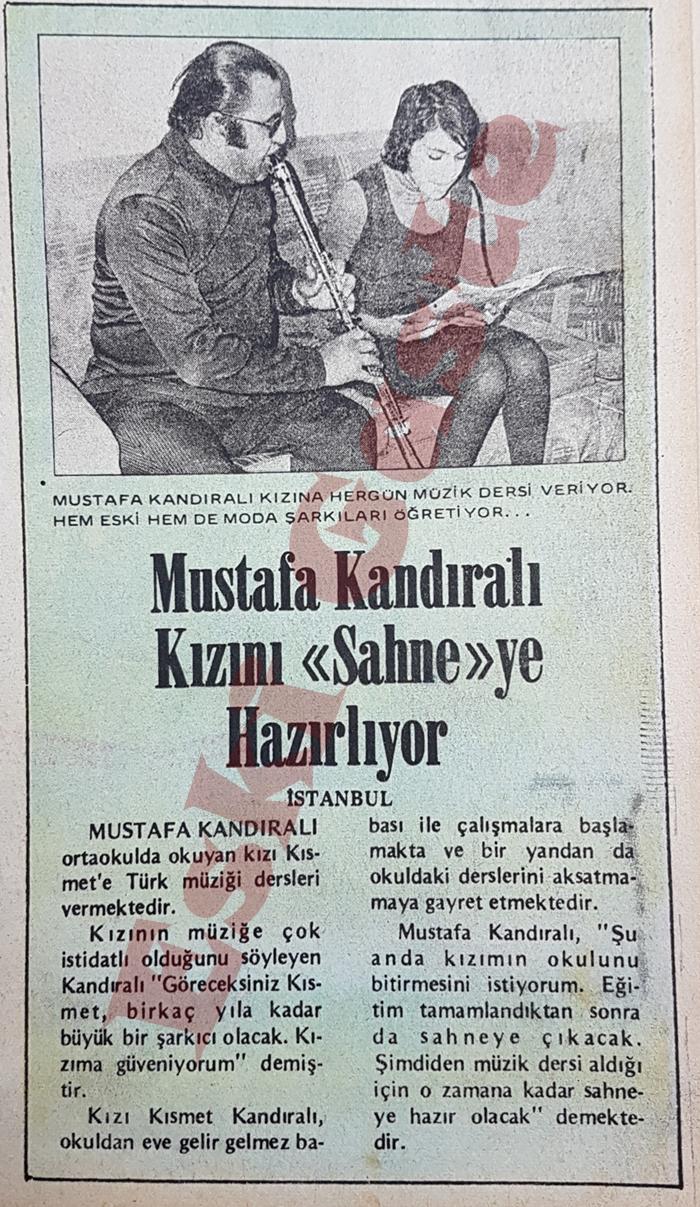 Mustafa Kandıralı kızı Kısmet Kandıralı'yı sahneye hazırlıyor