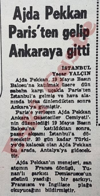 Ajda Pekkan Paris'ten gelip Ankara'ya gitti