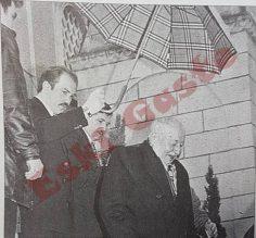 Necmettin Erbakan'ın şemsiyesi de ünlü