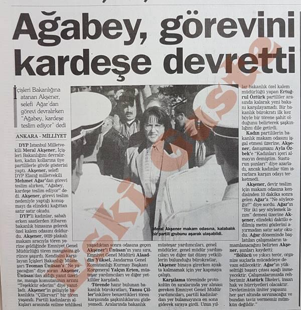 Mehmet Ağar, görevini Meral Akşener'e devretti